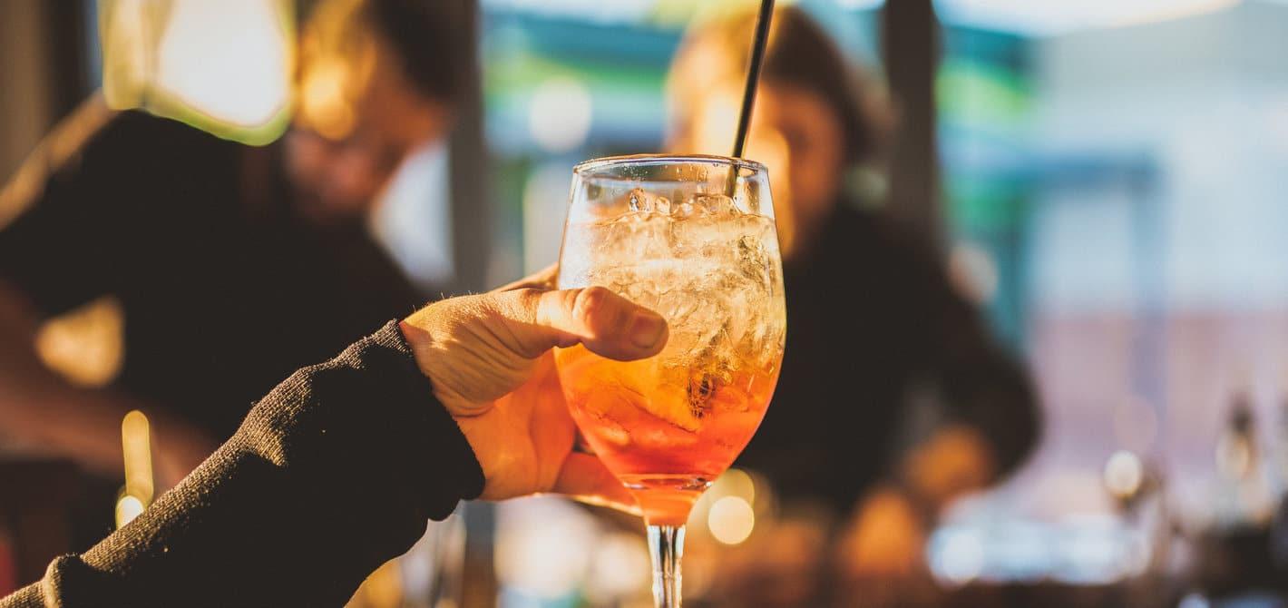 hire a bartender Wollongong